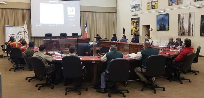 Bomberos de Temuco participó de reunión del Comité Comunal de Emergencia